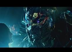 Enlace a Más acción en el nuevo tráiler de Transformers: El Último Caballero