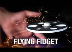 Enlace a ¡Este tío inventa un spinner que levita!