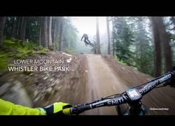 Enlace a El espectacular descenso por Whistler Bike Park que dejará pegado a la pantalla