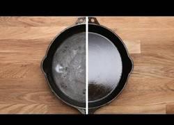 Enlace a ¿Tirar una sartén a la basura? Es posible repararla