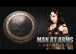 Enlace a Crean el escudo de Wonder Woman y el resultado es épico