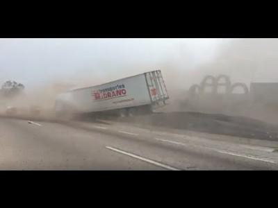 Drama en la carretera, un camión sin frenos y su trágico destino