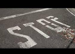Enlace a Un STOP muy eficiente en l'Orxa, España