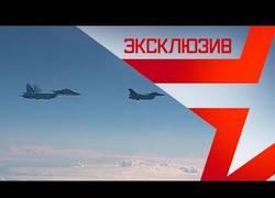 Enlace a Caza dando susto de muerte al avión del ministro de Defensa de Rusia