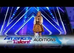 Enlace a Hero, el perro que sorprendió al jurado de America's Got Talent 2017