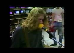 Enlace a Sale a la luz un vídeo de Kurt Cobain antes de ser Nirvana