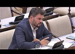 Enlace a Alta tensión en las preguntas de Rufián al ex número 2 de la policía Eugenio Pino (5:22)