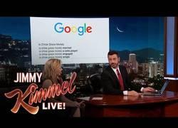 Enlace a [Inglés] ¿Qué pasa si buscas  a Chloë Grace Moretz en Google?