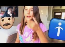 Enlace a Una niña cantando esta canción, en YouTube, a su edad. ¿Cómo es posible?