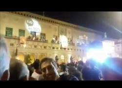 Enlace a BRUTALES pitadas al alcalde de Zaragoza en el pregón por coquetear con independentistas