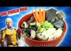 Enlace a Preparando la sopa KOMBU de One-Punch Man