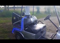 Enlace a Se fabrica un Delorean para jugar al golf y ya es el coche más molón del circuito