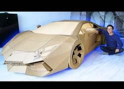Enlace a Si no tienes dinero para un Lamborghini siempre podrás hacerte uno de cartón