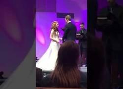 Enlace a Esto es sin duda lo peor que te puede pasar en una boda y que te recordarán siempre