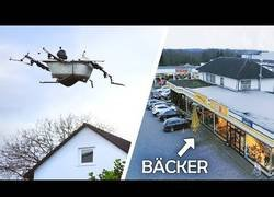 Enlace a Inventan un drone volador con forma de bañera para ir al super de compras