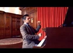 Enlace a El maravilloso medley de Super Mario tocado a piano