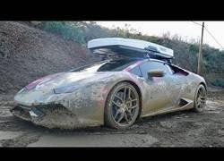Enlace a Nunca me había dolido ver un coche metido en un rally
