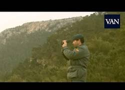 Enlace a Lo que llega hacer la Guardia Civil para frenar a Puigdemont para volver a casa