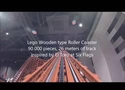 Enlace a La montaña rusa de LEGO más larga del mundo
