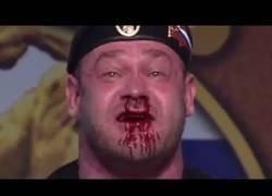 Enlace a Mikhail Shivlyakov levantando 426kg le costó sudor y sangre