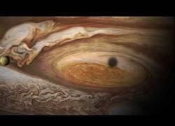 Enlace a La Sonda Juno Revoluciona Nuestra Forma de Mirar Júpiter (NASA)