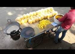 Enlace a El método que usan en la India para freír patatas sin aceite