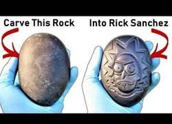 Enlace a Obra de arte: Graban un Rick en una piedra