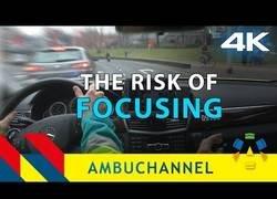 Enlace a No es fácil ser conductor de ambulancias: alguna vez te encuentras algún troll en carretera