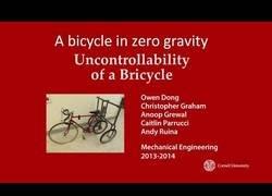 Enlace a Ir en bici con gravedad 0 es imposible
