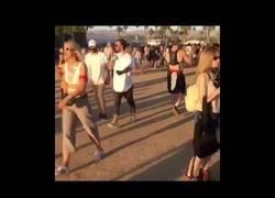 Enlace a No eres nadie en Coachella si no te estás sacando una foto