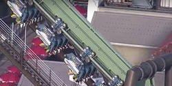 Enlace a Drama máximo en esta montaña rusa de Osaka en la que se quedaron así a 30 metros de altura