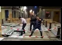 Enlace a Se fueron de borrachera por el centro de Gijón y la liaron parda en una alcantarilla