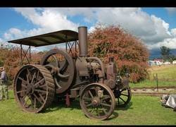 Enlace a Recopilatorio de los tractores más antiguos del mundo