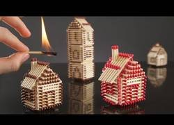 Enlace a Crean un poblado construido totalmente con cerillas