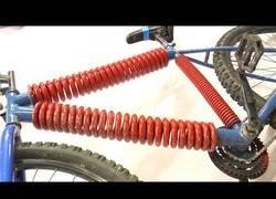 Enlace a Cambiando el cuadro convencional de una bici por uno de muelles