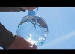 Enlace a El gran fallo de diseño de las nuevas botellas de agua con forma de balón de fútbol para el Mundial de Rusia