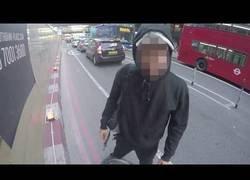 Enlace a Los peatones que se creen bicicletas pasando por sus carriles