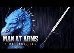 Enlace a Creando a Brisingr...(La espada de Eragon)