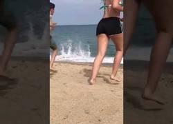 Enlace a Cuando los habitantes de Madrid llegan a las playas de Valencia