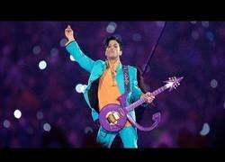 Enlace a Recordemos la gran interpretación de Prince durante la SuperBowl