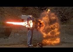 Enlace a Filman explosiones épicas en cámara lenta
