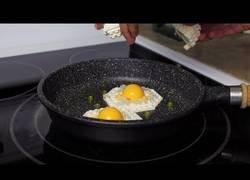 Enlace a Cocinando un delicioso desayuno con piezas de LEGO