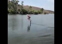 Enlace a Surfeando sin olas