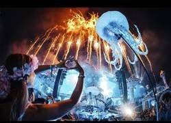 Enlace a La película del Tomorrowland 2018 que nos deja un resumen de este espectacular festival