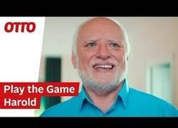 Enlace a Harold sabe como sacarse un dinero con la fama que ha conseguido siendo un meme en internet