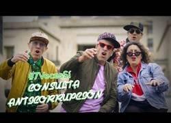 Enlace a Con reggaeton los congresistas colombianos promocionan consulta anticorrupción