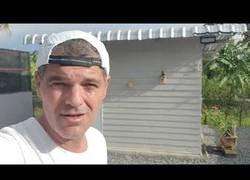 Enlace a Frank Cuesta enseña dónde vive y pone en su sitio a la gente que le critica por tener pitones que matan conejos porque viven en libertad