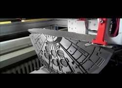 Enlace a Flipa: 9 días para imprimir en 3D un halcón milenario