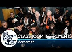 Enlace a Jimmy Fallon, Aerosmith & The Roots interpretan
