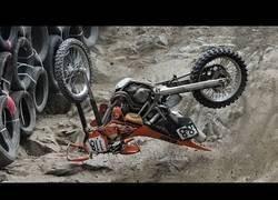 Enlace a Y aquí el torneo de a ver quien llega con moto a la máxima altura